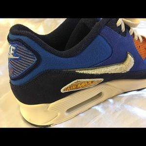 Nike Shoes - Nike air Max 90 sneakers